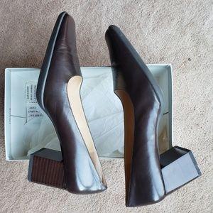 Anne Klein 2 Chocolate Heels